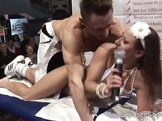 Sex-Show von Studio erotic planet Babes luscious babe Reiten ein geiler Mann