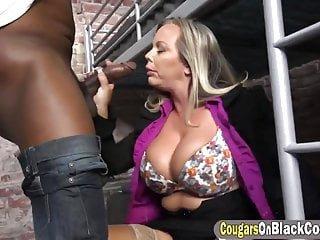 Big Boobs von Studio Private Amber Lynn Bach Reifen mit großen Brüsten