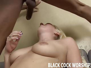 My Ass von Studio Arch Angel Black Cock Worshiping sein riesiger Ebenholz Schwanz wird meinen Arsch zu reißen