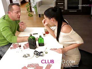 Nightclub Videos Mya Diamond bitch besoffen gemacht und benutzt