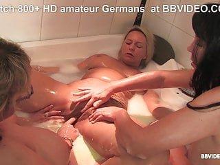 Lesbian von Studio Private BB Video amateur deutsch reift in lesbischen badewanne orgie