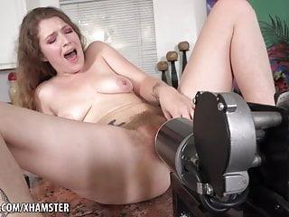 Busty Mädchen Ficken Maschinen