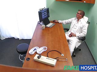 Fake Hub fakehospital sexy russische Patient braucht großen harten Schwanz