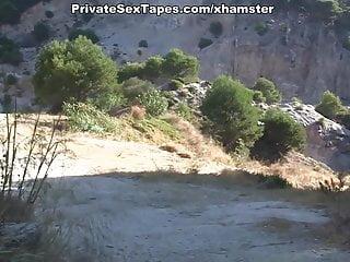 Private Sex Tapes Channel WTFPass amateur oral sex auf einer romantischen Picknick-Szene 2