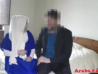 Arabs Exposed cocksucking arabischen Schönheit gehämmert