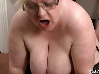 Big Boobs von Studio Private Busty Work big tits frau in brille reitet seinen schwanz
