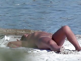 schlampe am fkk strand