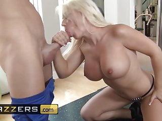 Big Tits In Sports Brazzers große Titten im Sport - Sammie Spades & Johnny Sins - Arbeiten