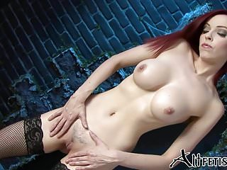 Big Boobs von Studio Private Alt Fetish Emily Marilyn sexy vamp