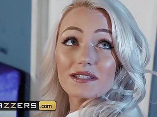 Big Tits von Studio Foxy Media Nicolette Shea Alex Legend - ein Baby bauen - Brazzers