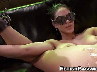 Innocent von Studio Sunshine Fetish Network unschuldig Jasmine Caro dominiert mit Sex-Maschine und big dic