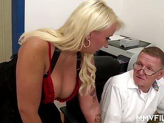 Big & natural Tits von Studio Sunshine MMV Films deutsch mollig reifen beim Arzt