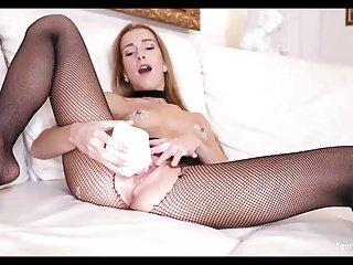 Teen Dreams Channel Alexis Crystal sex spielzeug masturbation