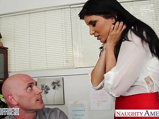 Big Boobs von Studio Private Babes Naughty America Büro babe in High Heels Romi Rain verflucht
