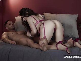 Mit sexpuppe porno Beste Sexpuppe