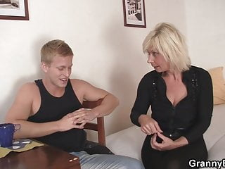 Reality von Studio Private Old-n-young Granny Bet er doggystyles blonde alte frauen