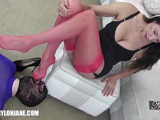 Fetish von Studio Videorama Nylon Jane gimp slave verehrt milfs sexy Nylon Covered Füße und Beine