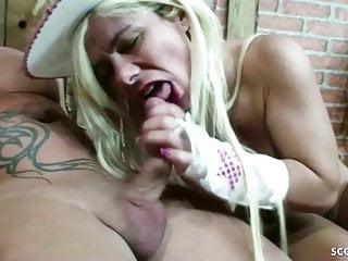 Big Tits von Studio Foxy Media Scout 69 Bauer fickt deutsche große titten milf Nadja Summer in Stroh