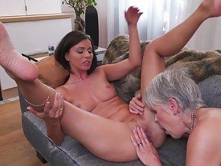 Mature NL Vicky Love Spaß mit reifen Lesben