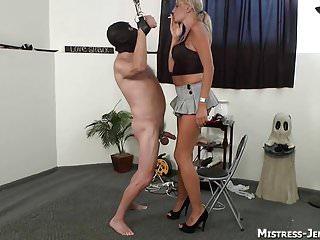 Strapon Submission Mistress T femdom strapon Herrinnen spank und quälen männliche Sklaven