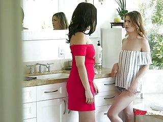 Lesbian Sex von Studio Girlfriends Films New Sensations Violet Starr & Kristen Scott intensiven lesbischen sex