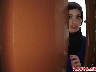 Arabs Exposed arabische Amateur Schönheit für Bargeld gehämmert