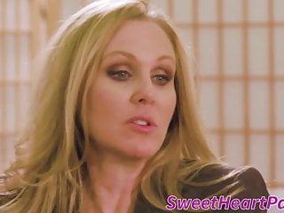 Sweetheart Pass Julia Ann Brandi Love erfahrene reife Teppich munchers küssen und lecken einander