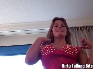Lingerie von Studio Third Degree Dirty Talking Bitches Channel wenn du geil bist, kannst du zu meinen Titten joi wichsen