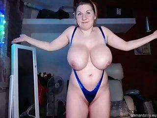 Natural Tits von Studio Devils Film Busty Asians Channel Samanta Lily große natürliche Titten posiert auf Webcam