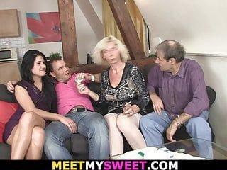 Meet My Sweet Lucy Bell Treffen mit Eltern führt zu Familie Dreier