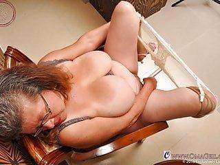 Big Tits von Studio Foxy Media Oma Pass omageil hausgemachte Oma Fotos für reife Liebhaber