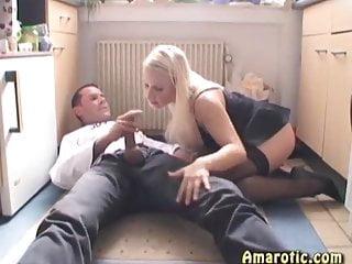 Lingerie von Studio Third Degree Amarotic Gina Blonde Sex in der Küche 4