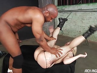 Archangel Video petite blonde bekommt bbc anal sex ficken