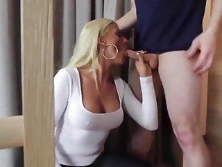 Big Tits von Studio Foxy Media geile blonde schlampe ficken und abspritzen im mund