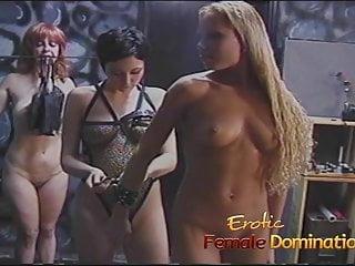 Perfect Girls von Studio MMV X Group Sex Erotic Female Domination perfekte blonde Mädchen erlebt Demütigung und Schmerzen wie