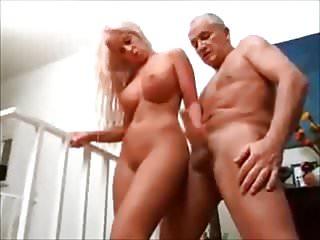 Big Boobs von Studio Private Old-n-young geile junge blondine wixxt den alten opa ab