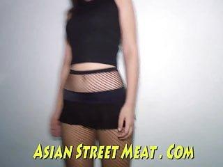 Asian Street Meat demure anal angel liefert asiatische rektale Freude