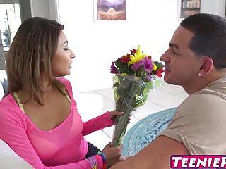 Teen Pies Dirty Slut Jade Jantzen fickt ihre Männer und nimmt Sperma in ihr