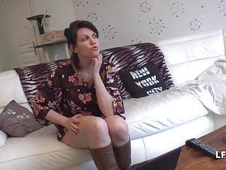 La France a Poil 1. Datum hübsche französische Mama mit großen Brüsten gibt ihr
