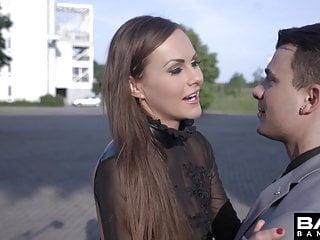 Glamkore - Tina Kay liebt, wenn ihr Mann Stapel treibt ihre Muschi