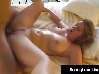 Dirty Talk von Studio Evil Angel - Manuel Ferrara Sunny Lane Live kung fu fucking! Sexy Sunny Lane knallt kleine chinesische Nudel!