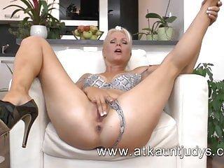 Aunt Judy's Kathy Anderson sexy reife Frau von atkauntjudys