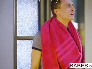 Babes Network Babes - Elegant Anal - laufen spät mit vinna reed und
