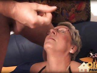 Pinxta alte pussys brauchen junge schwaenze