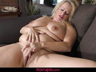 Karups channel karups - bbw british frau erotica ann masturbiert