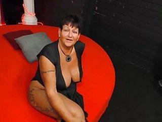 Big & natural Tits von Studio Sunshine Magma Film mollig deutsche Oma gangbang
