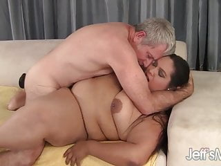 Jeffs Models fettlatina Lorelai Givemore genießt einen fetten Schwanz.