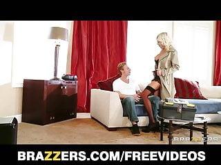 Big Boobs von Studio Private Brazzers - Puma Swede betrügt ihren Mann für anal