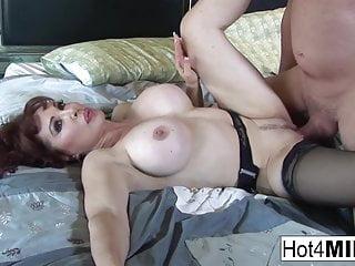 Lingerie von Studio Third Degree Hot 4 MILF super heiß Sexy Vanessa zeigt ihre heißen Dessous