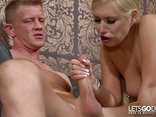 Watch dirty Lena Nitro geiler deutscher pornostreifen!